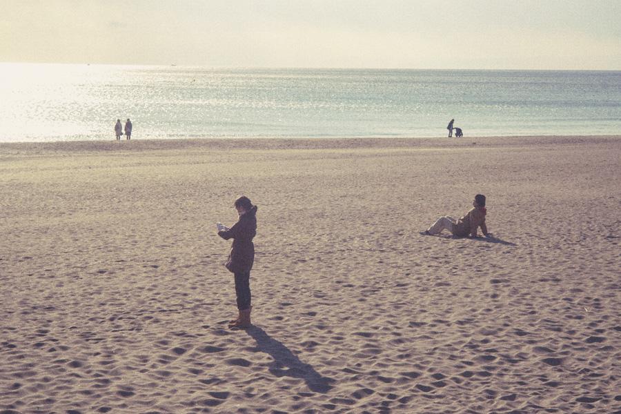 2012_01_09_由比ガ浜にて_EPSON R-D1_CANON 50mm F1.5_Edit.jpg
